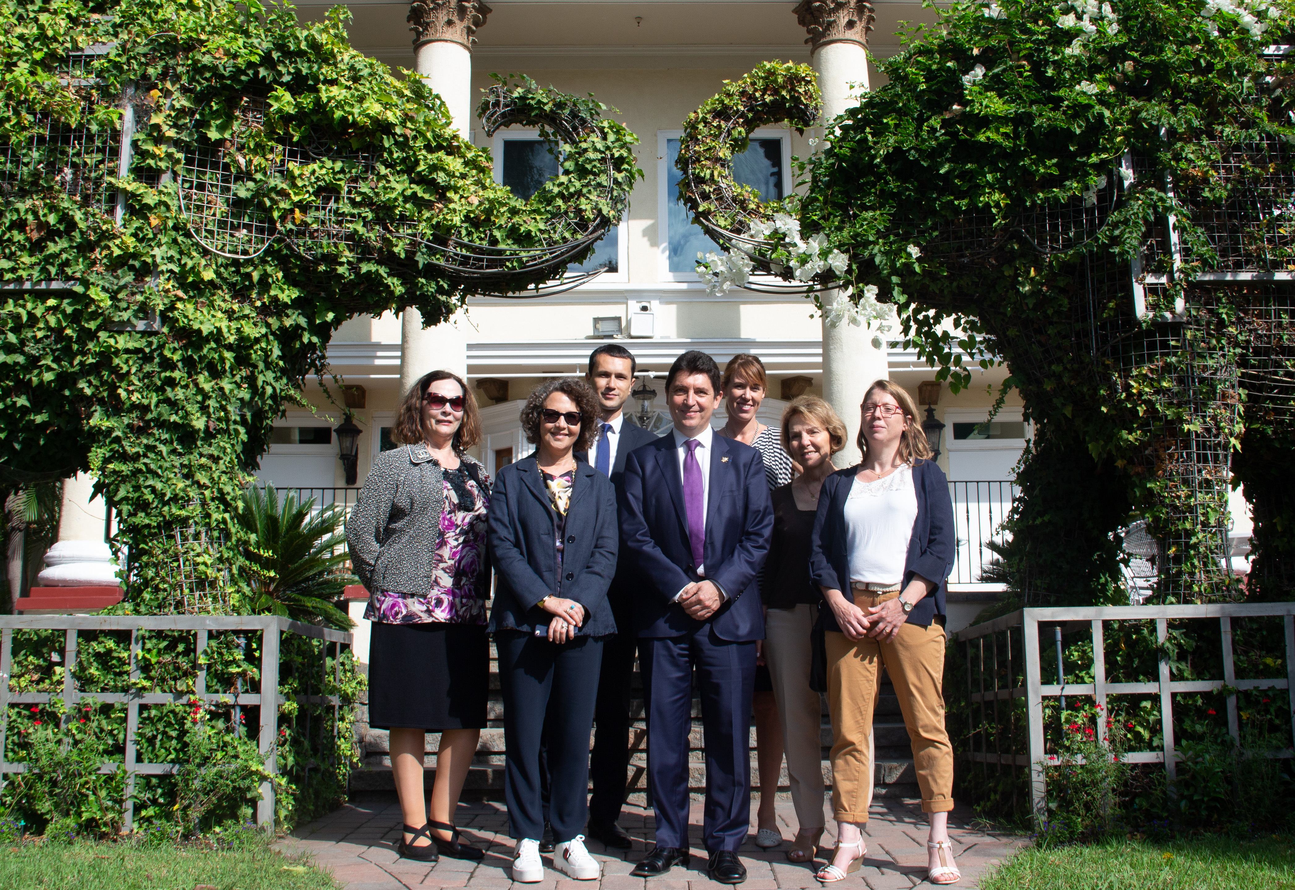 The French Consulate of Los Angeles and Senator Cadic visit LyceeLA